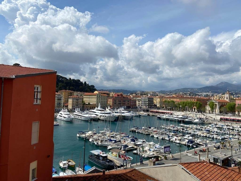 Apartment for sale in the Old Port area of Nice